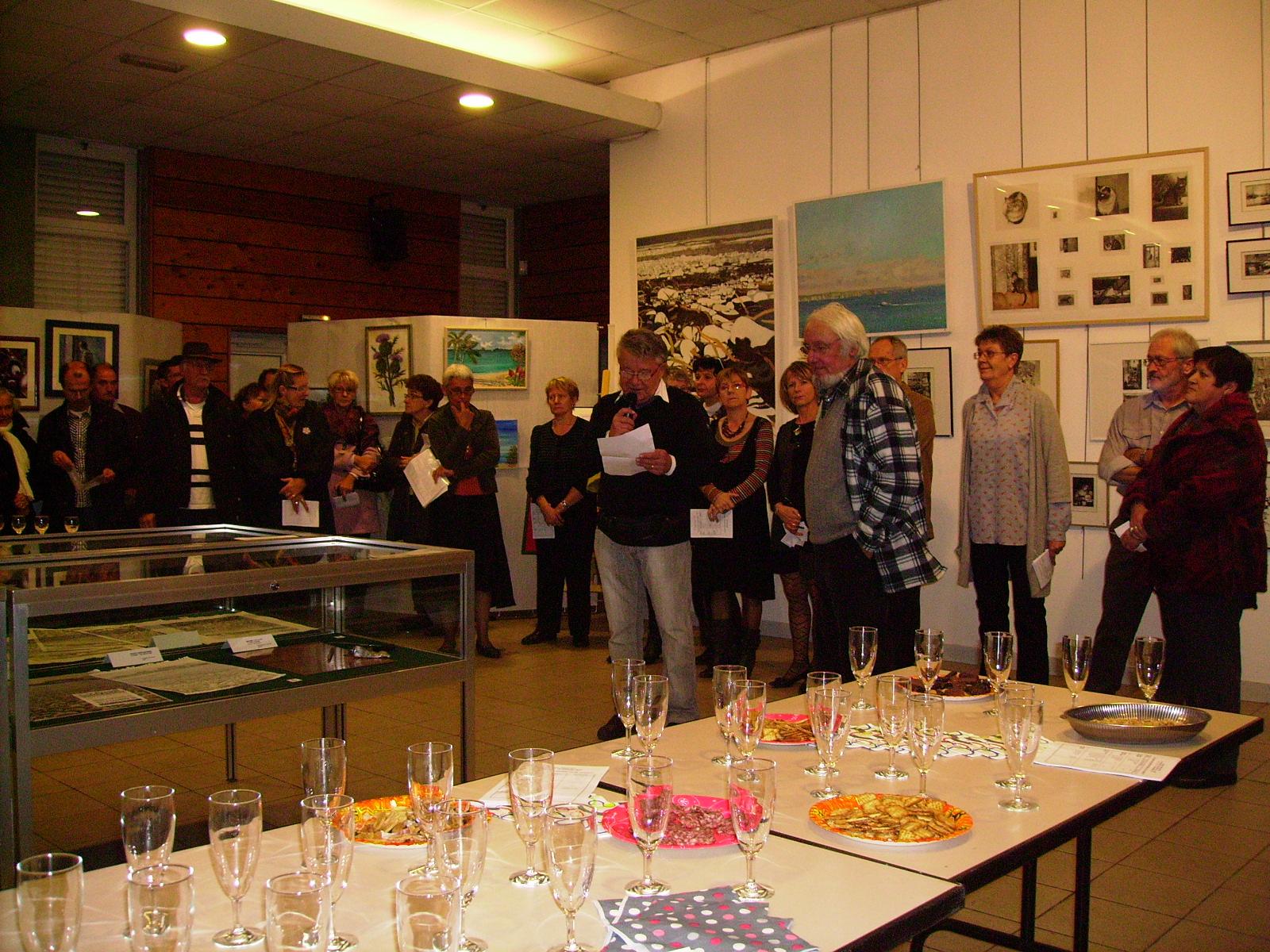Exposition section peinture d'art 2010